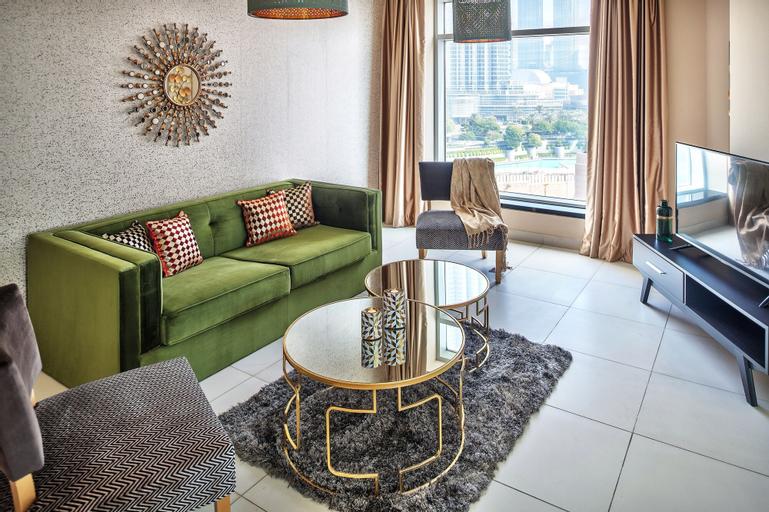 Luxury Staycation - Lofts East,