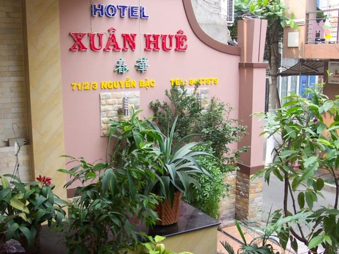 Xuan Hue Hotel, Tân Bình