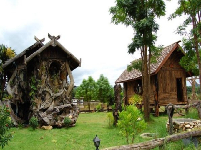 Cave Cliff Tarzan River Kwai Resort, Muang Kanchanaburi