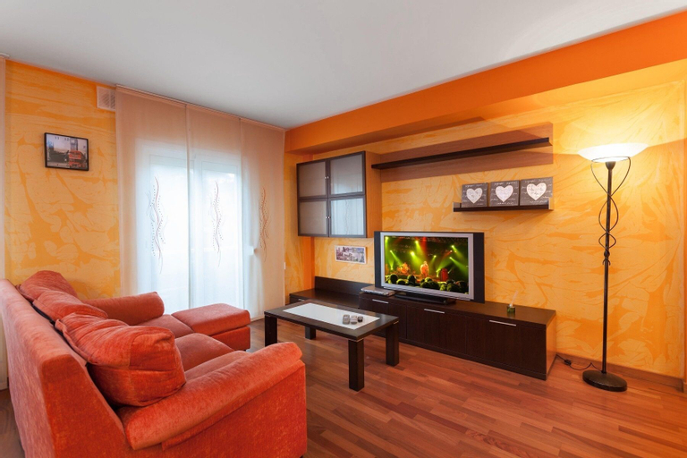 Apartamento Vivalidays Merce, Girona