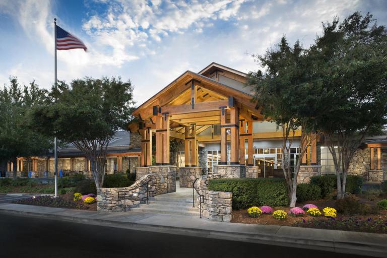 Crowne Plaza Resort Asheville, Buncombe