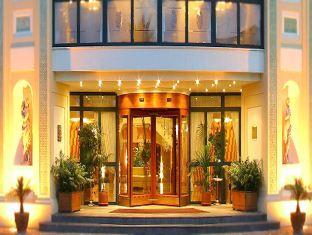 Grand Hotel La Pace, Napoli