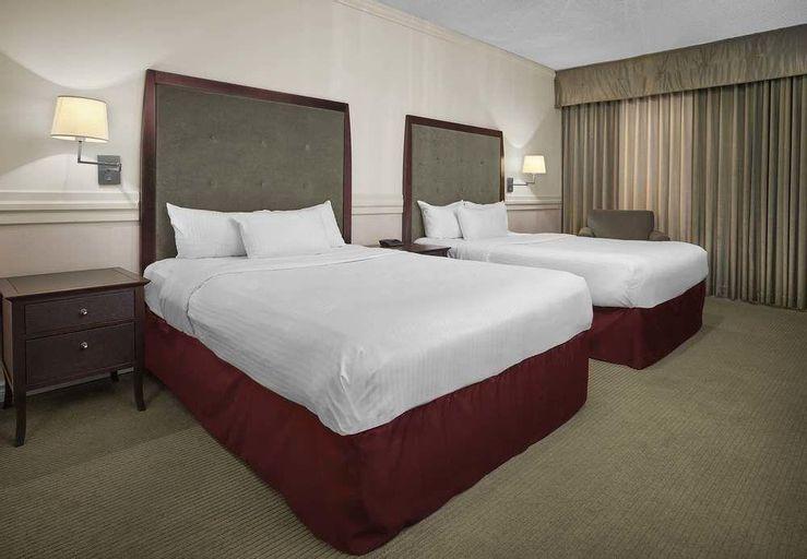 Delta Hotels Edmonton Centre Suites, Division No. 11