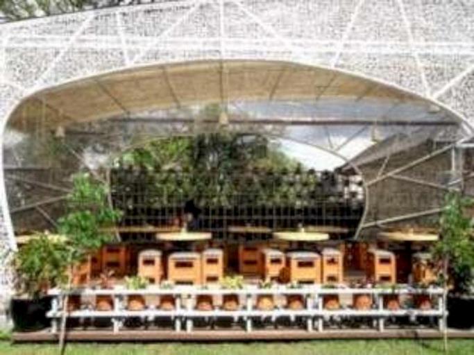 Hummingbird Guesthouse, Bandung