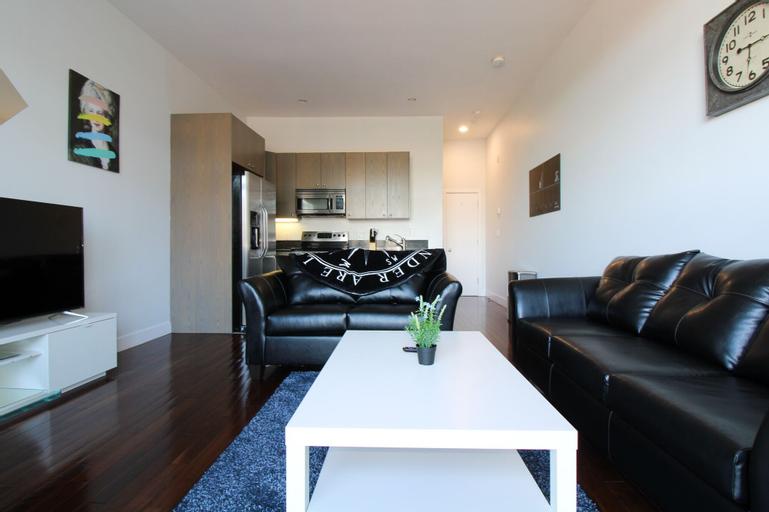 Beautiful Duplex 1bd/1ba Apartment in Back Bay - Copley F8, Suffolk
