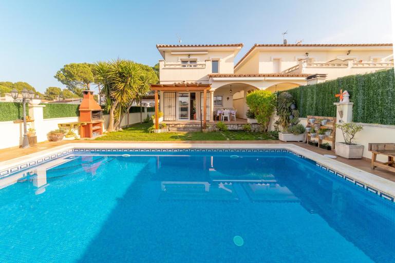 Villa Amelia, Girona
