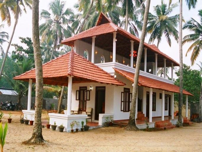 Pozhiyoram Beach Resort, Alappuzha
