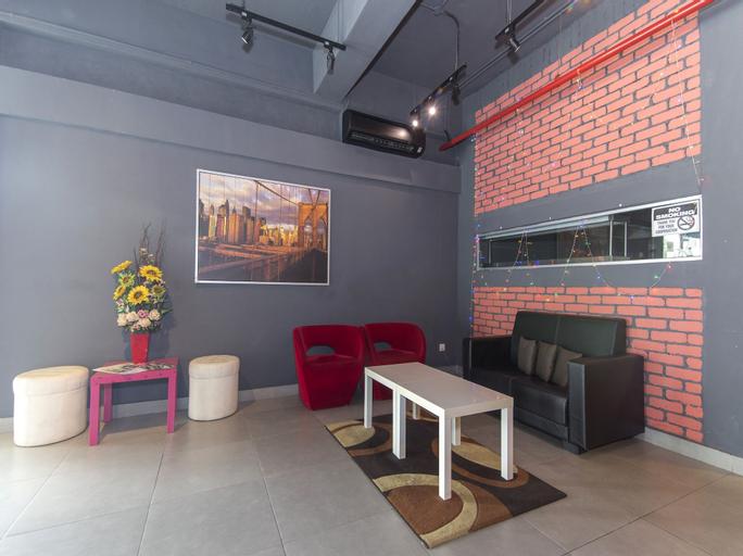 OYO 128 Mutiara Suites, Jakarta Selatan
