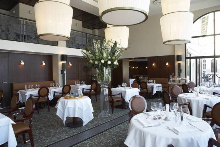 Hotel Le Cafe de Paris, Pyrénées-Atlantiques