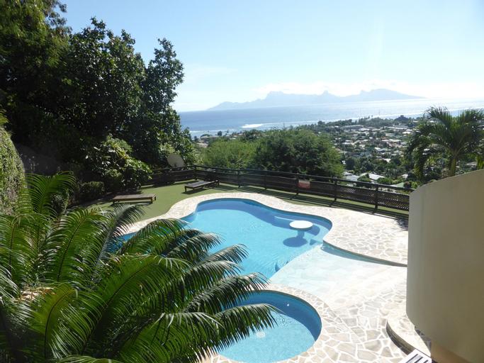 Sweet Home in Tahiti,