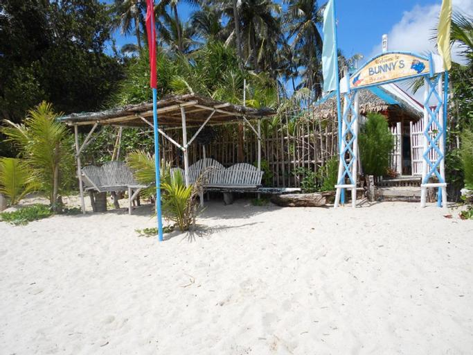 Bunny's Beach Resort, Pandan