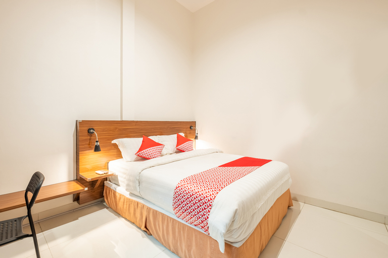 OYO 1308 Darmo Residence, Bandung