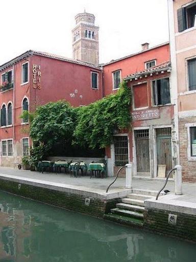 Iris, Venezia