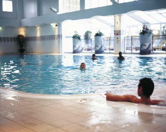 Village Manchester Bury - Hotel & Leisure Club, Bury
