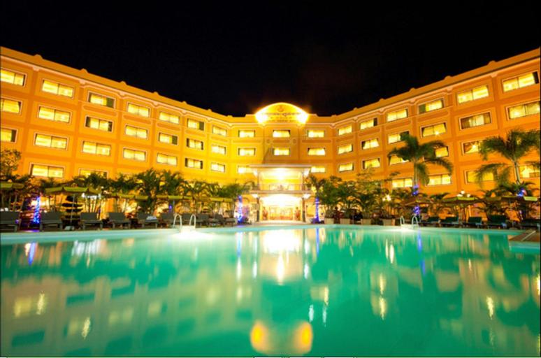 Golden Sand Hotel, Mittakpheap