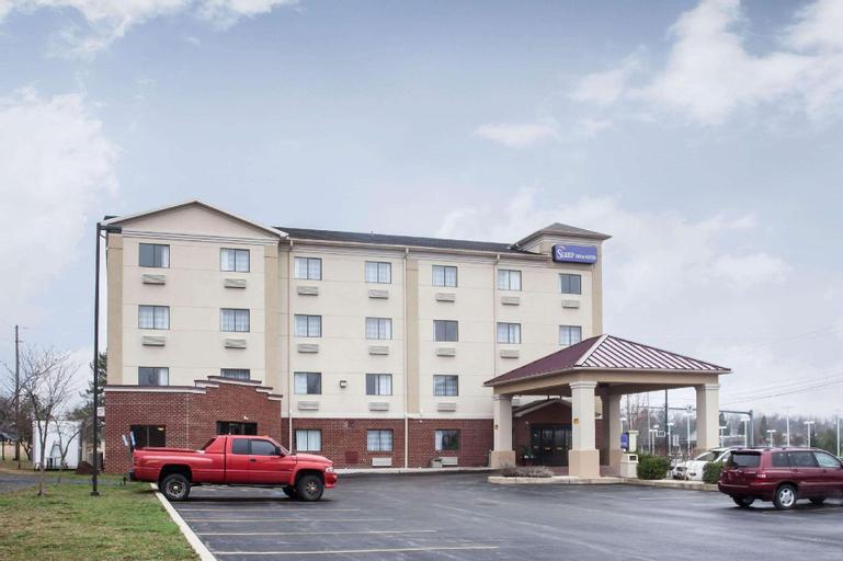 Sleep Inn & Suites, Adams