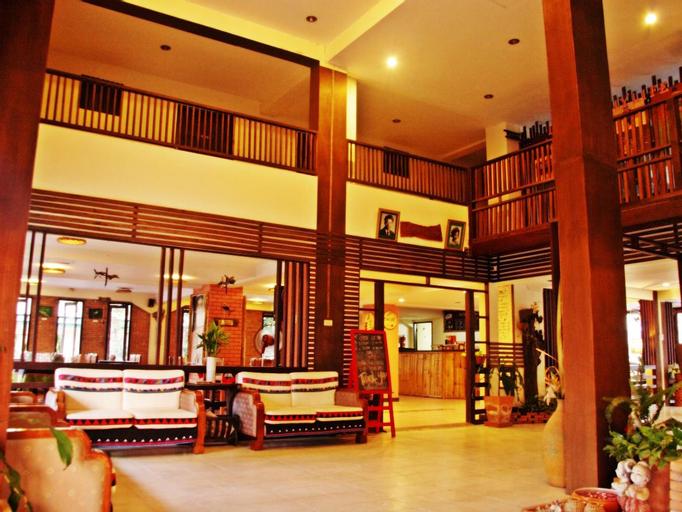 Phumanee Home Hotel, Fang
