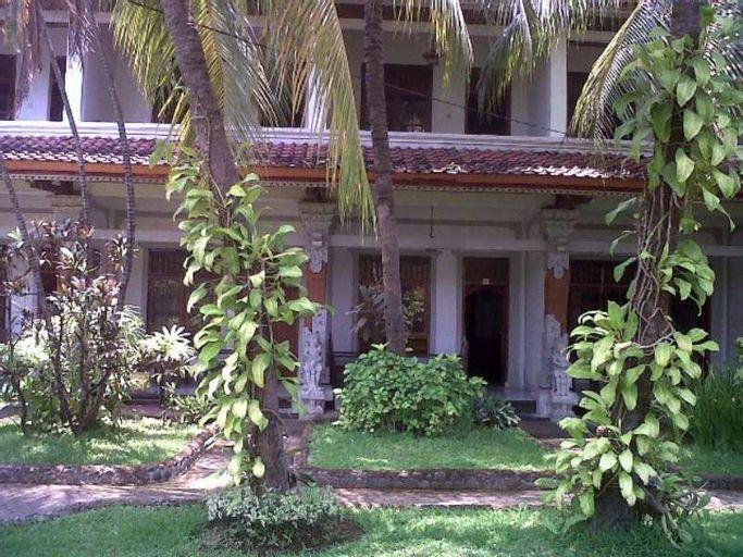 Padang Lovina Sea Side Cottages, Buleleng
