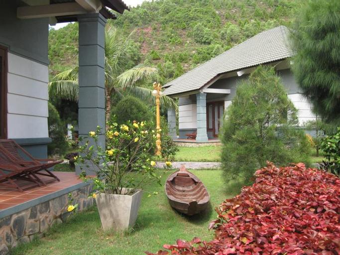 Bai Lu resort, Nghi Lộc