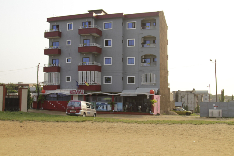 Kemal Hotel, Wouri