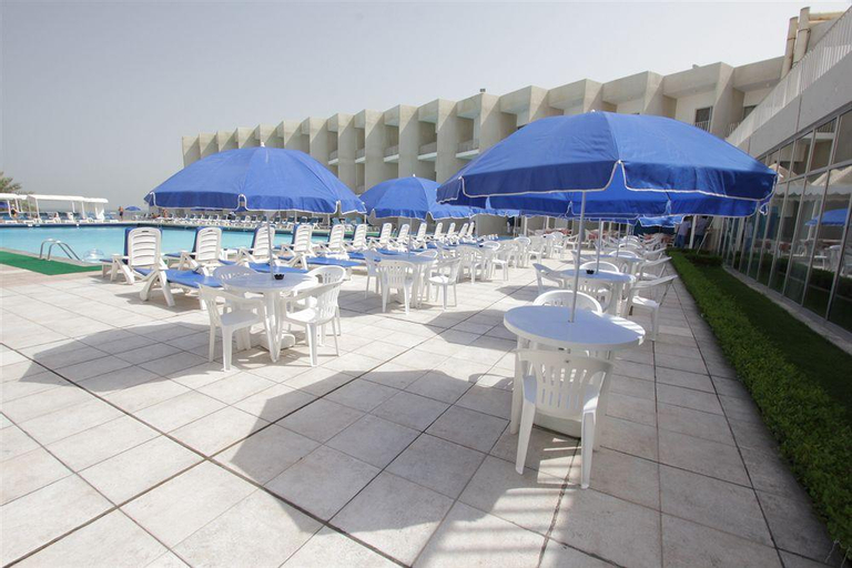 Beach Hotel - Sharjah,