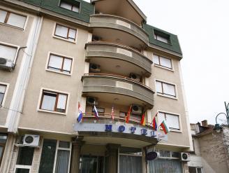 Hotel Tim's,