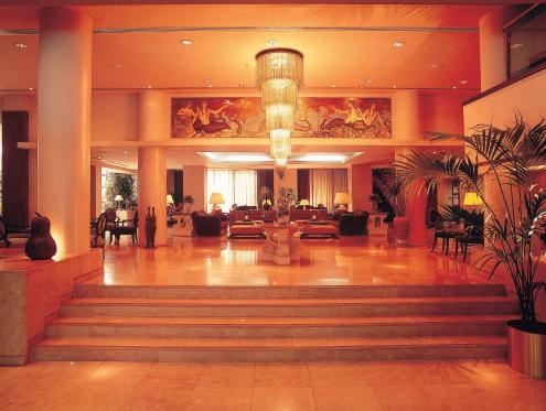 Adams Beach Hotel,
