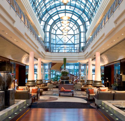 Dusit Thani Dubai Hotel,