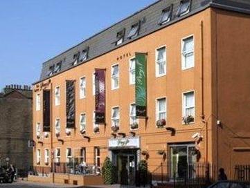 Pery's Hotel,
