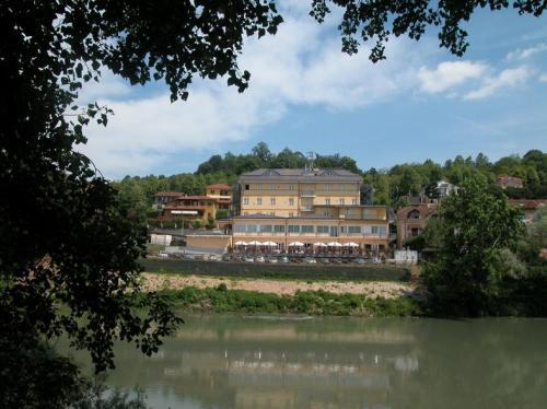 Best Quality Hotel La Darsena, Torino