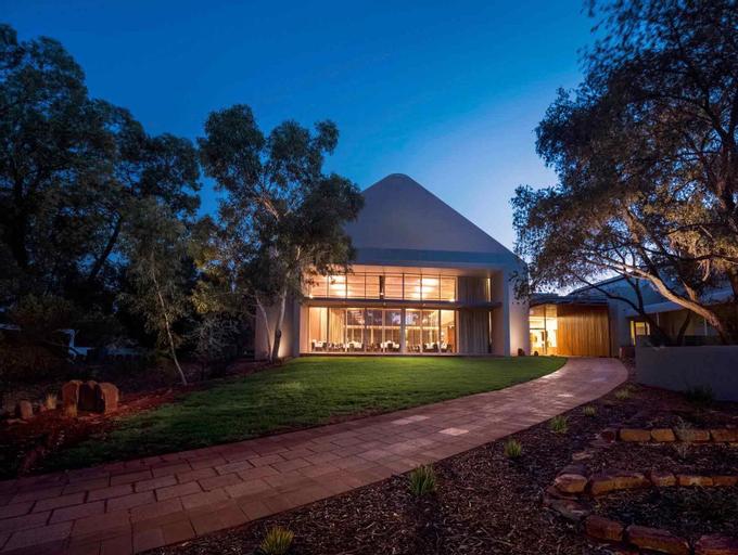 Outback Pioneer Hotel, Petermann-Simpson