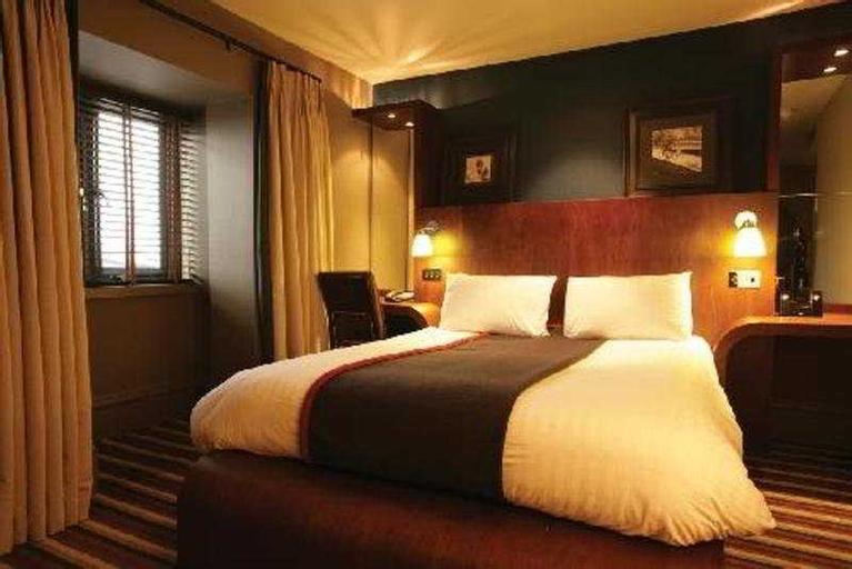 Village Newcastle - Hotel & Leisure Club, North Tyneside