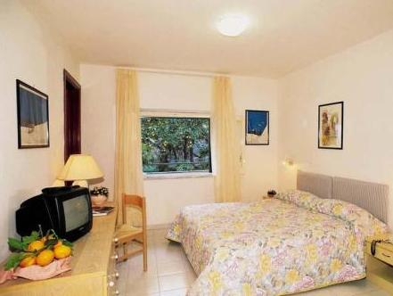 Hotel Amalfi, Salerno