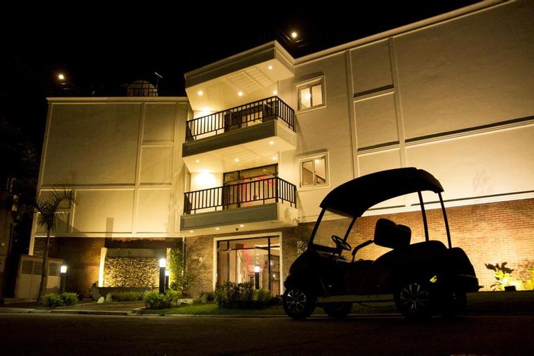 Koregon Hotel, Mabalacat