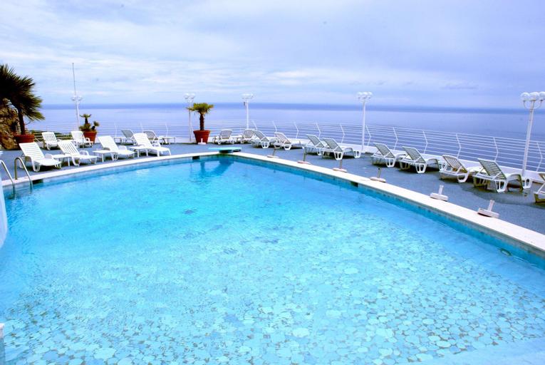 Vista Palace Hotel & Beach Resort, Alpes-Maritimes