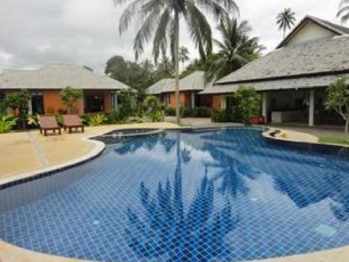 Khanom Sunrise Beach Hotel, Khanom