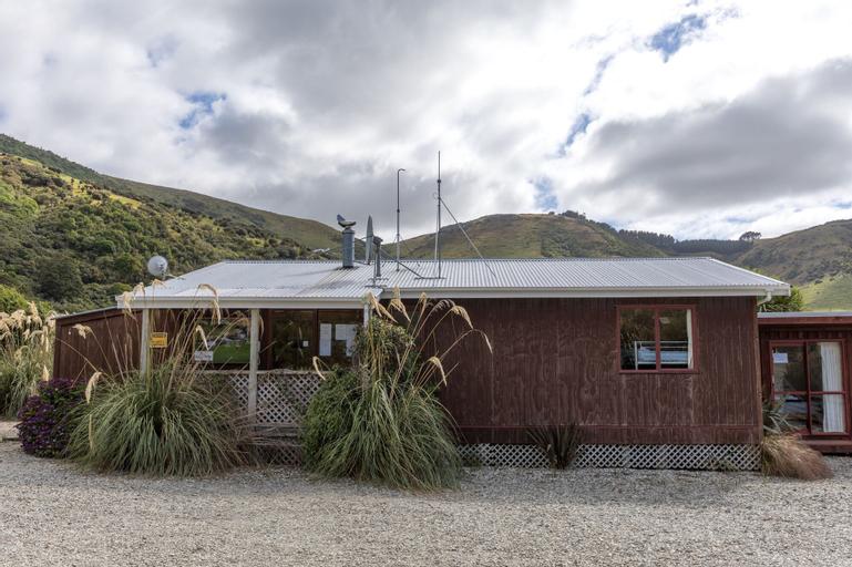 RiverRidge Retreat, Clutha