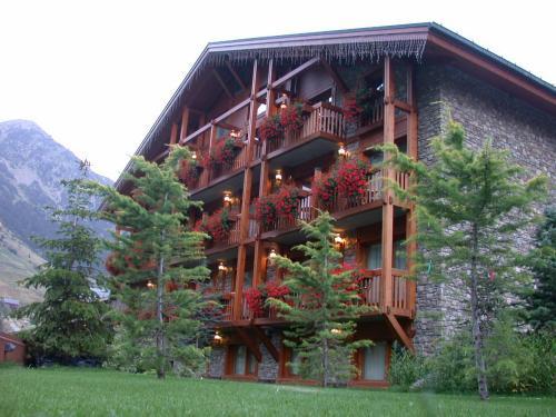 Sport Hotel Village,