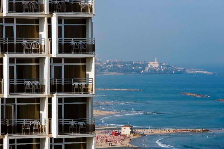 Renaissance Tel Aviv,