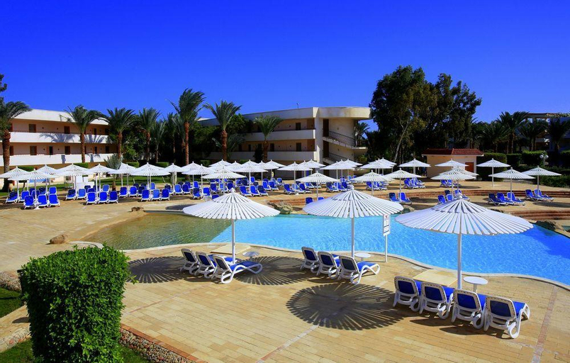Royal Azur Resort, Safaja