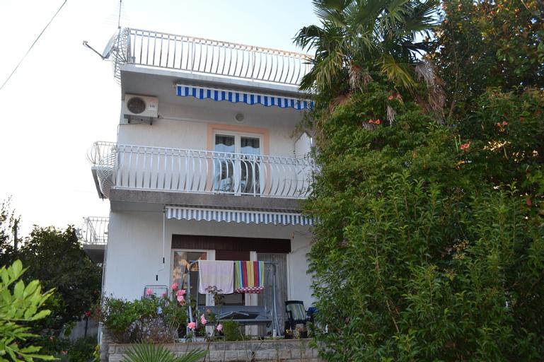 Apartments Ljubica, Vodice