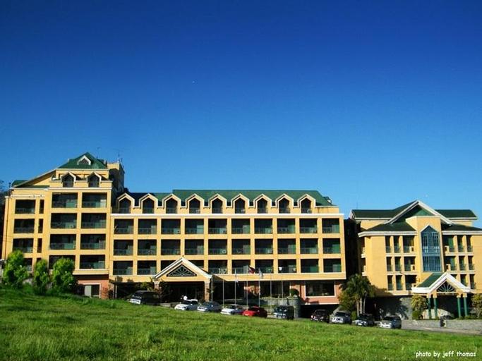 Sunrise Holiday Mansion Hotel, Alfonso