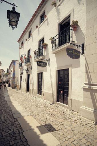 Rainha Santa Isabel, Óbidos