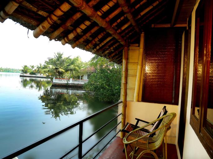 Kadalkkara Lake Resort, Ernakulam