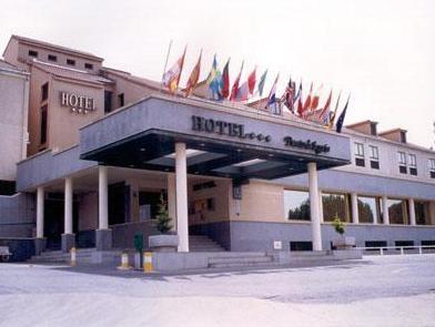 Hotel Puerta de Segovia, Segovia