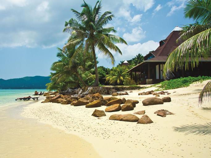 New Emerald Cove Hotel,