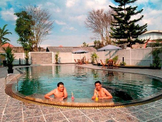 Enhaii Hotel, Bandung