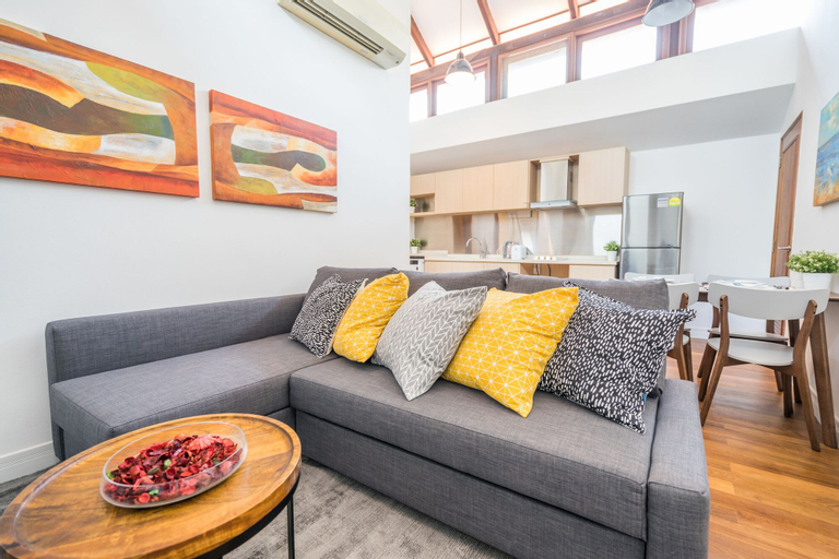 ClubHouse Residences Ayan Attic Studio (Staycation Approved), Outram