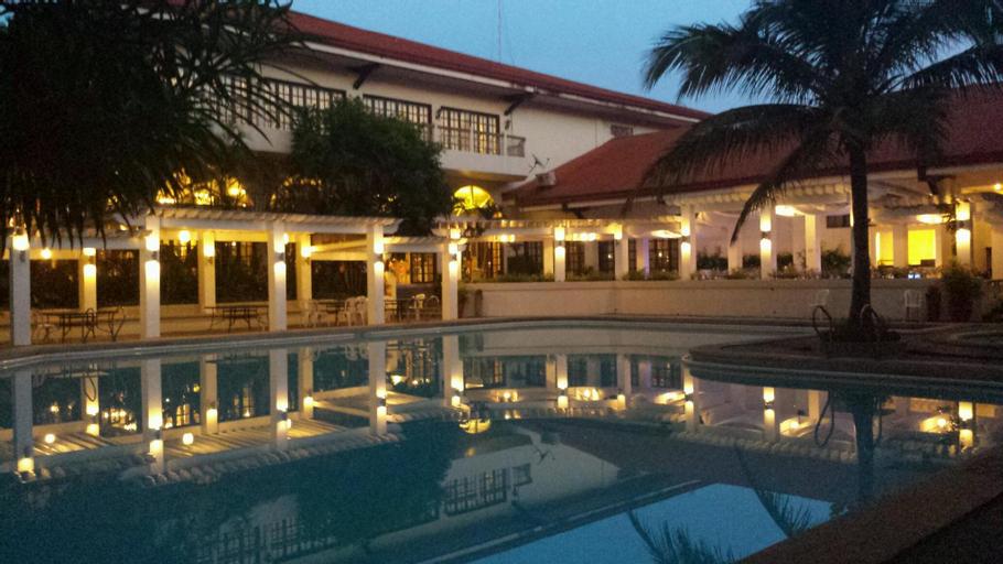 Bed & Breakfast at Royale Tagaytay Country Club, Alfonso