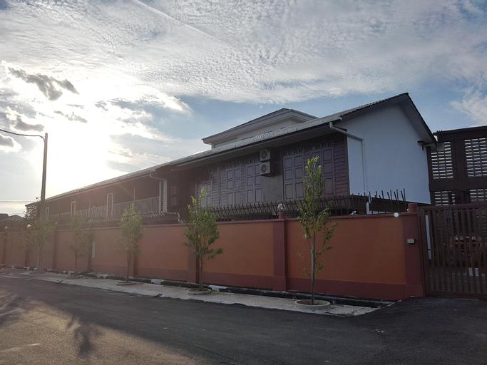 OYO 89334 Little Kampung Studio, Hilir Perak